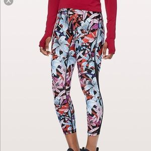 Lululemon Train Times Pant 4 Lush Lilies